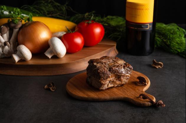 松露波爾多紅酒燉牛肉 4