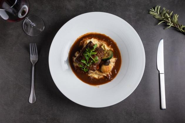 松露波爾多紅酒燉牛肉 2